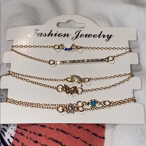 Jewelry - Danty gold coated bracelets.